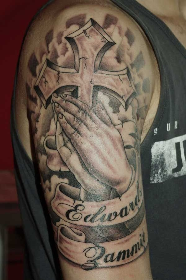 Praying hand tattoo (22)