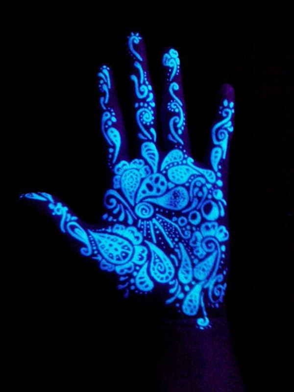 black light tattoo (13)