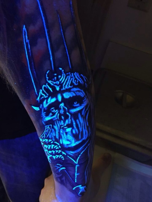 black light tattoo (89)