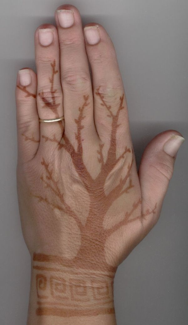 brown ink tattoo (1)