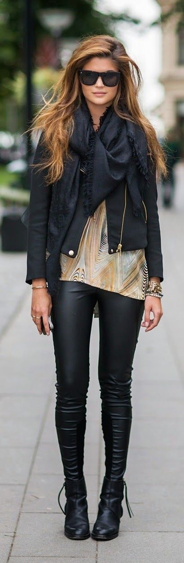 Leather Pants Outfits Ideas (35)