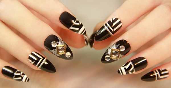 Most Attractive black and white nail art designs (23)
