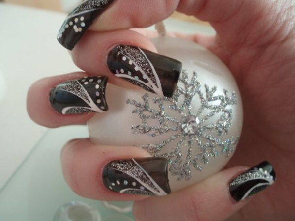 Most Attractive black and white nail art designs (43)