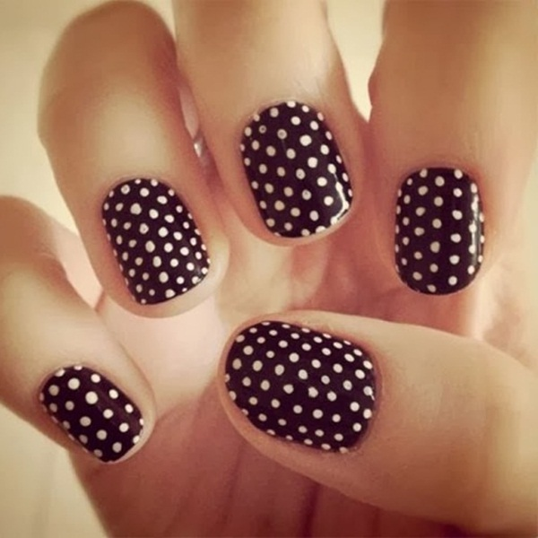 Most Attractive black and white nail art designs (46)