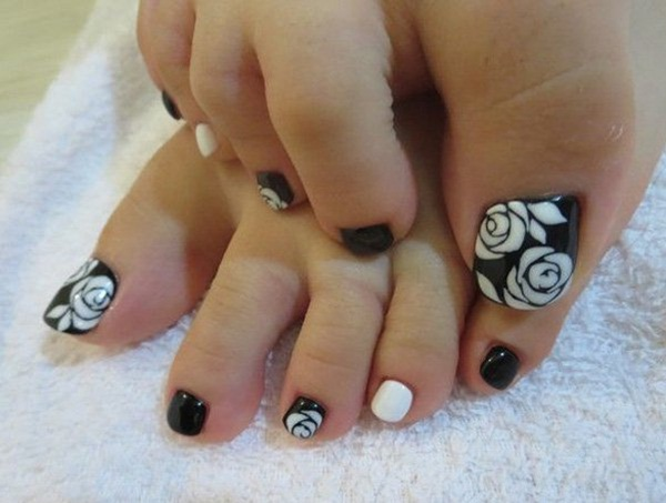 Most Attractive black and white nail art designs (80)