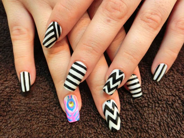 Most Attractive black and white nail art designs (86)