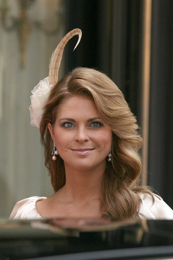 royal party hairstyles (25)