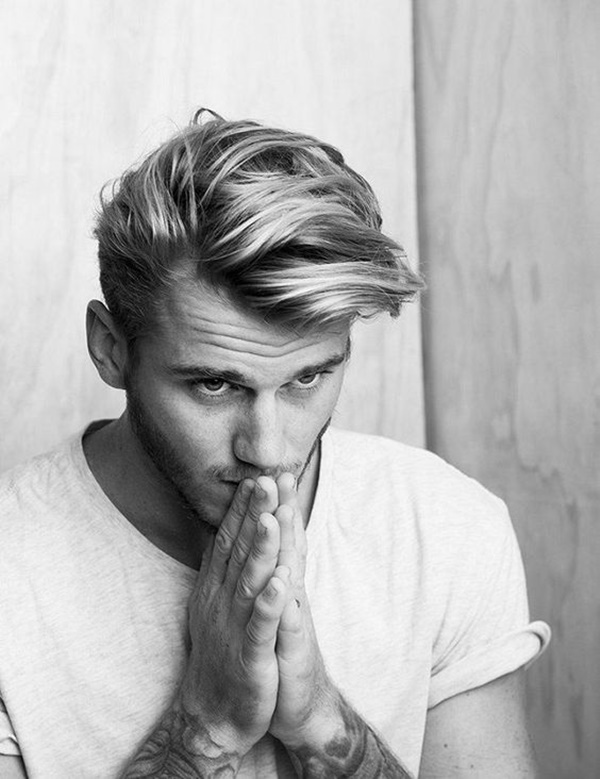 side swept hairstyle for men (22)
