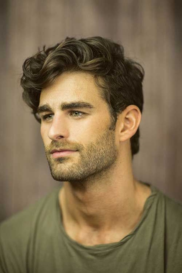 side swept hairstyle for men (34)