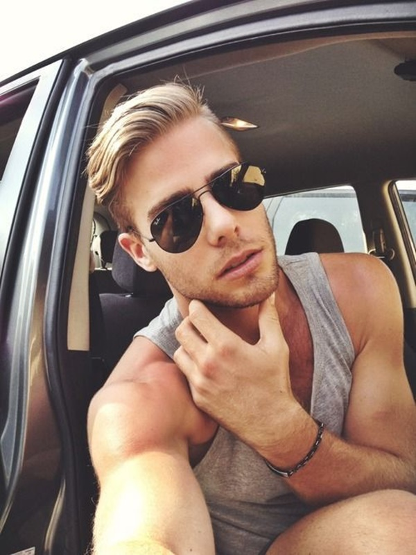 side swept hairstyle for men (5)