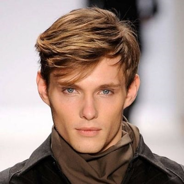 side swept hairstyle for men (55)