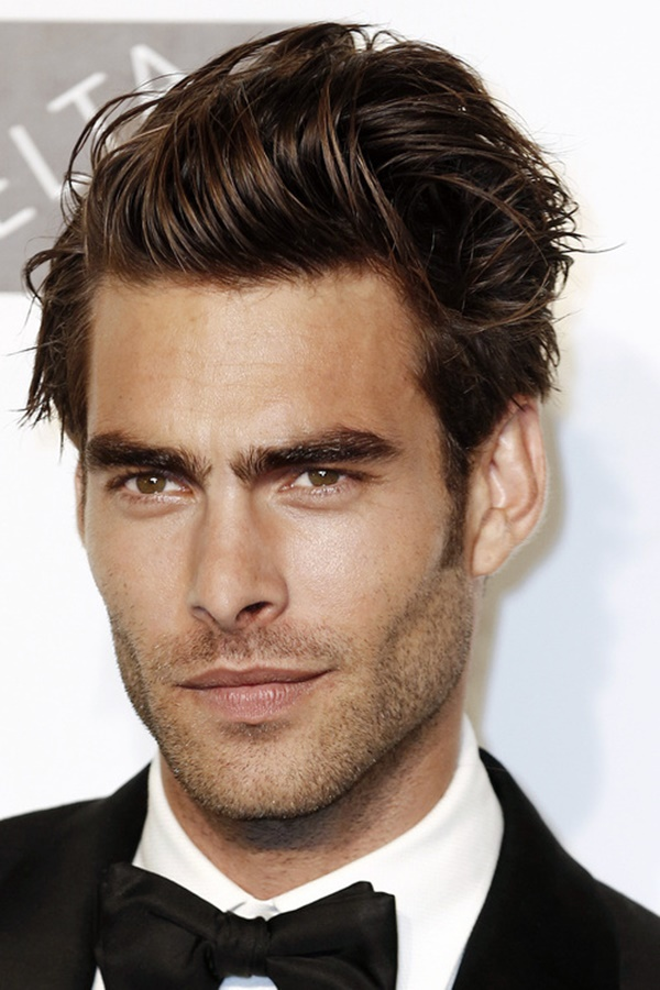 side swept hairstyle for men (6)