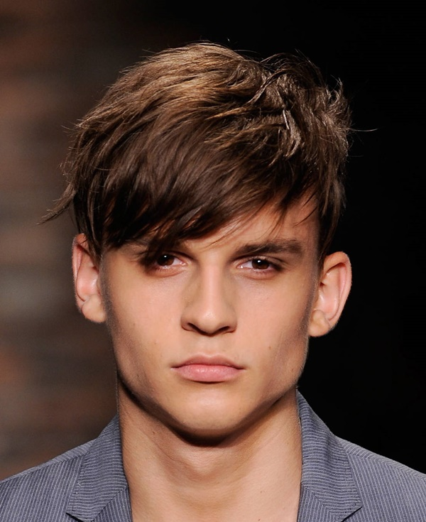 side swept hairstyle for men (75)