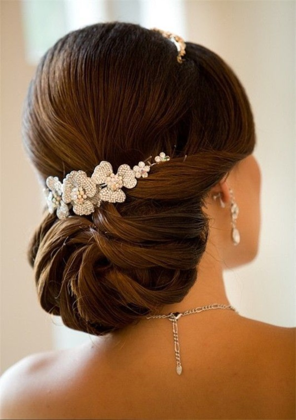 bouffant-updo-hairstyles0191