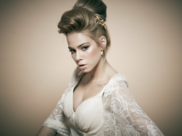 bouffant-updo-hairstyles0411