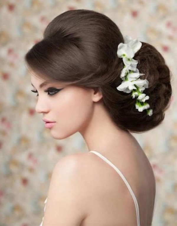 bouffant-updo-hairstyles0501