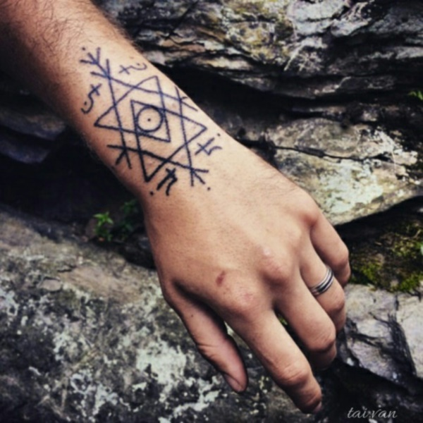 glyph-tattoos-ideas0401